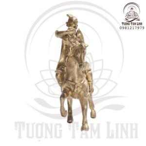 Tượng Đồng Thượng Mã Phong Hầu